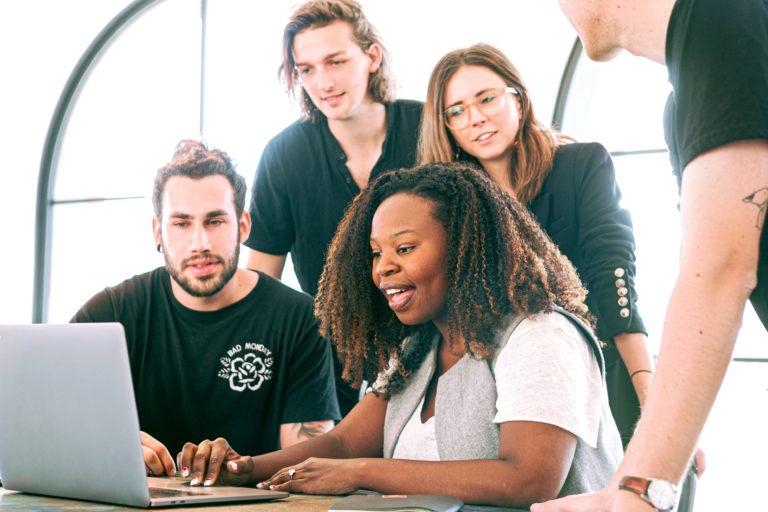 Kā veidot Z paaudzei piemērotu darba vidi?